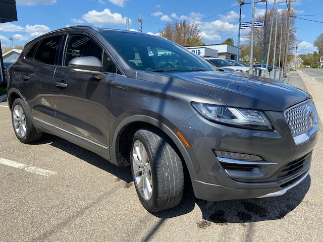 Lincoln MKC  2019 Trunk with folded seats